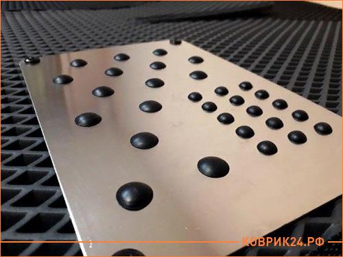 Подпятник металлический для eva ковриков